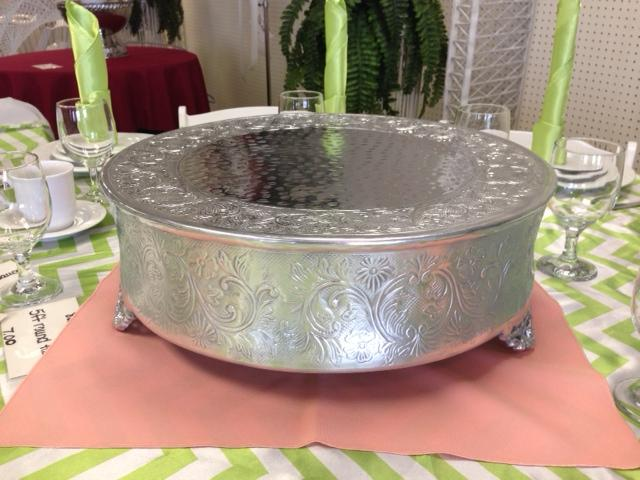 Where to find CAKE STAND 18  ROUND ALUMINUM in Raleigh