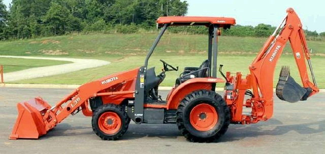 Where to find BACKHOE KUBOTA L39 in Raleigh